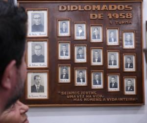 Homenagem - Primeiros Formandos - 1958